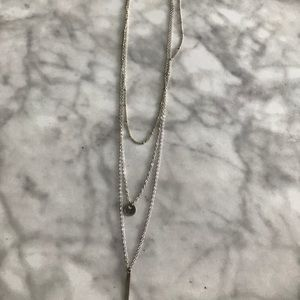 Jewelry - Silver tripple chained necklace